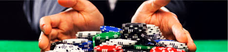 What are the reasons for the popularity of Blackjack game?