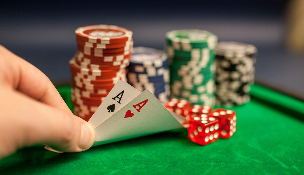Domino Poker: What Is It & How Can You Perform?