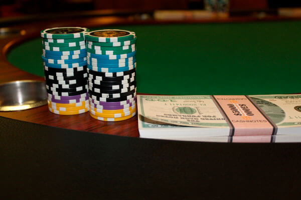 Is it easy to play online betting games?